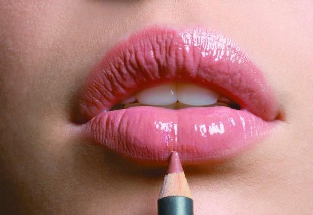 Зрительно возможно увеличение губ: узнай подробнее