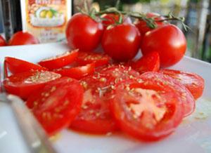 Ликопин, содержащийся в помидорах, помогает в борьбе с лишним весом!