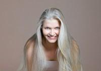 Уход за волосами: от поседения и облысения