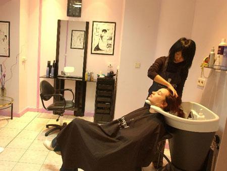 Визит в салон красоты: это необходимость или ненужная роскошь для женщины