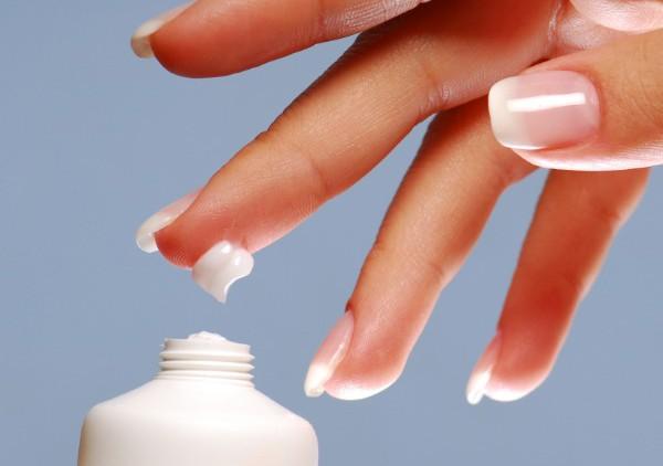 Как правильно подобрать крем для рук: на что стоит обратить внимание