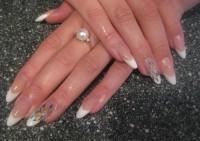 Новый тренд: удлиненная форма ногтей