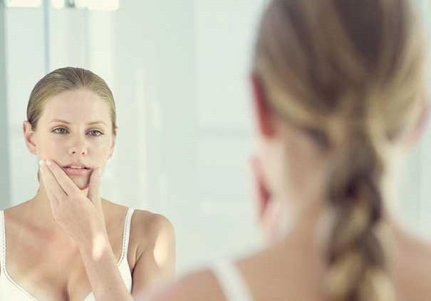 Очищение чувствительной кожи лица