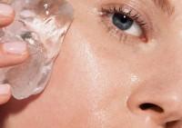 Ледяной массаж лица: возьмите на заметку