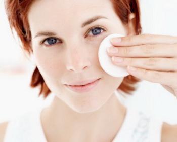 Кремы и лосьоны для ухода за сухой кожей лица: возьмите на заметку