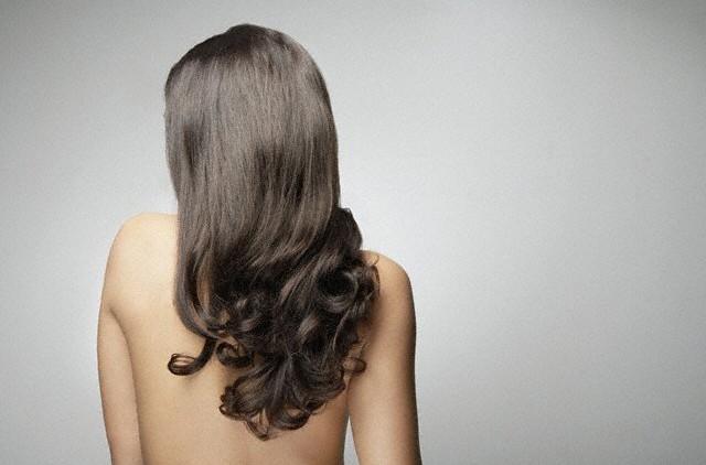 Чтобы волосы росли быстро: возьмите на заметку