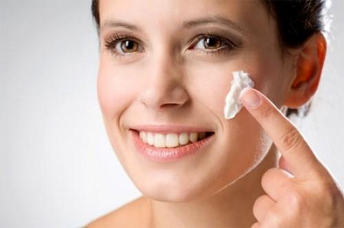Как ухаживать за сухой кожей лица: советы