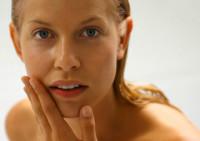 Народные методы ухода за жирной кожей