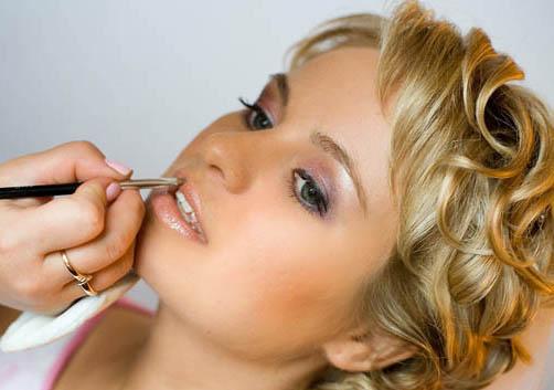 Правила макияжа: 10 грубейших ошибок при нанесении макияжа