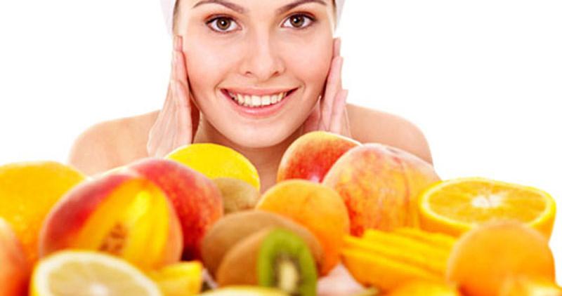 Витаминные маски для лица помогут омолодиться