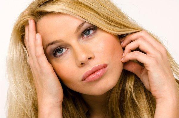Здоровье и настроение женщины во многом зависят от уровня гормонов в крови