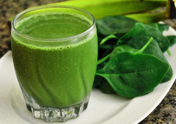 Зеленые коктейли помогут похудеть