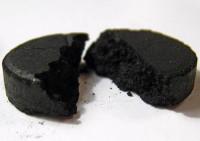 Активированный уголь поможет избавиться от лишних килограммов