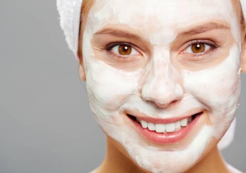 Готовим маски для жирной кожи лица