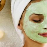 Выбираем подтягивающие маски для кожи лица