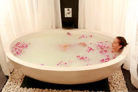 Молочные ванны и их польза