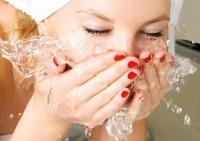 Вода навредит здоровью кожи