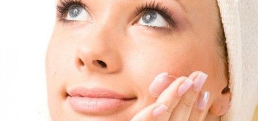 Улучшаем цвет лица с помощью домашних средств