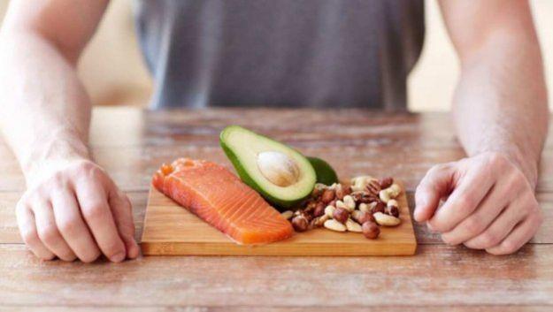 Протеиновые диеты не помогут похудеть, а лишь испортят настроение