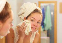 Не проиграть всухую! Как бороться с шелушением кожи