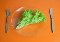 Низкокалорийные диеты способствуют набору избыточного веса