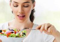 Топ-5 продуктов для здоровой и сияющей кожи: советы диетологов