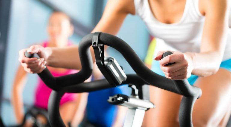 Для кого нужен велотренажер и какая от него польза?