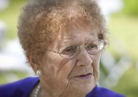 Удаление катаракты намного продлевает жизнь женщинам