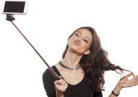 Учёные: Любовь к селфи связана с отвращением к своему телу
