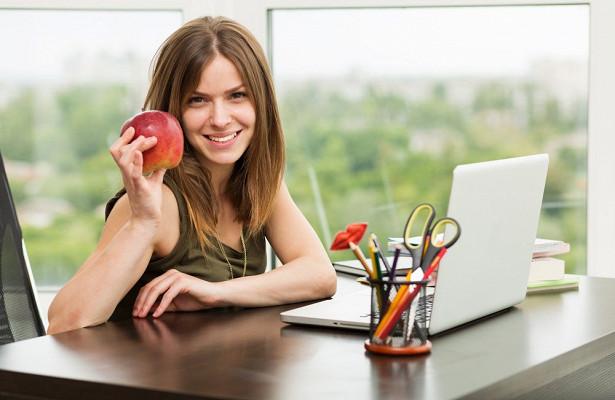 Женщины худеют с ростом зарплаты