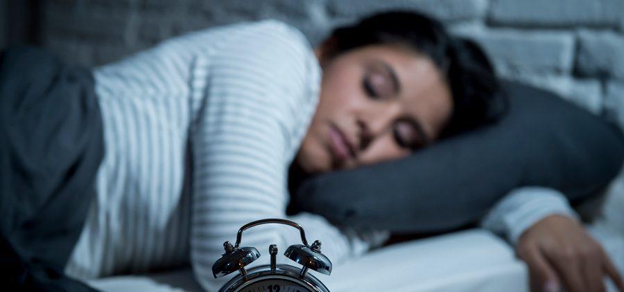 Женщинам лучше не спать дольше 7 часов