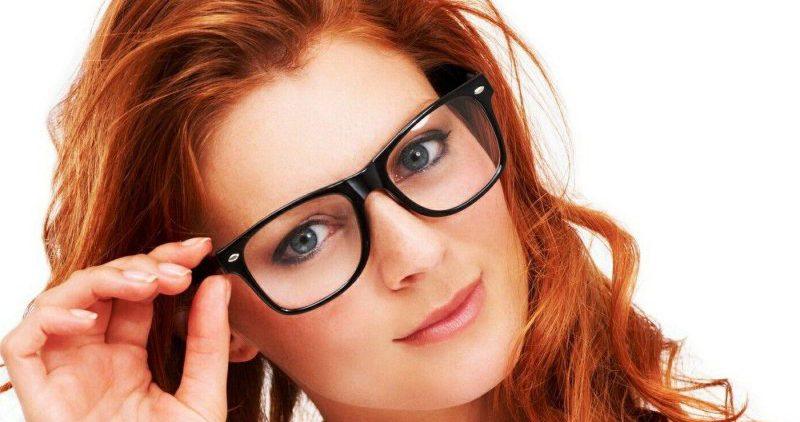 Что выбрать — очки, контактные линзы или лазерную коррекцию зрения?