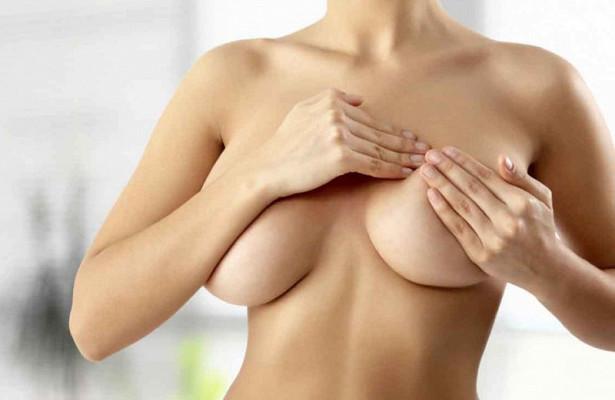 Почему болит грудь и что с этим делать