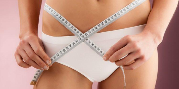 Медики подсказали, как быстро убрать живот и бока