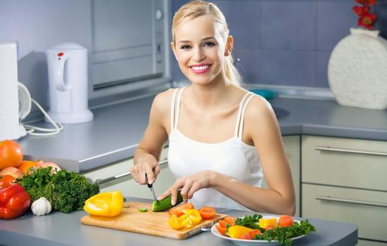 Низкокалорийная диета решит проблемы и с лишним весом, и со сном
