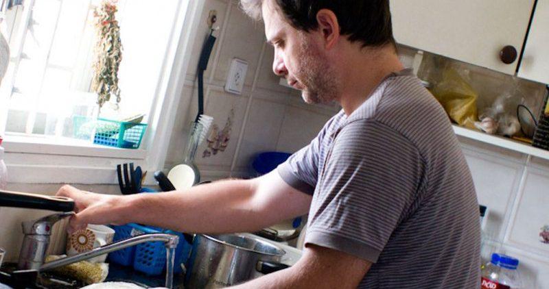 Самые опасные средства для мытья посуды
