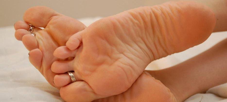 Названы эффективные народные средства для натертых ног