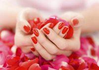 Названы факторы, влияющие на скорость роста ногтей