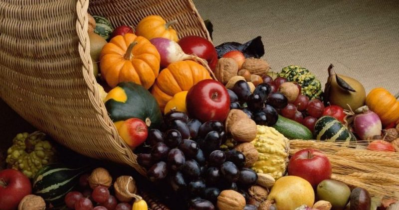 Диетологи назвали полезные для груди продукты