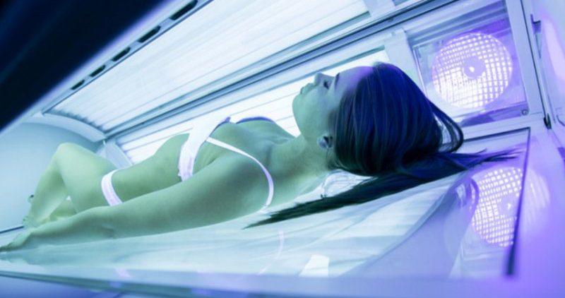 Самые вредные мифы о загаре и соляриях