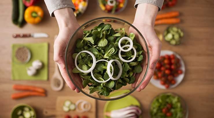 Диетологи рассказали, какие ошибки в питании мешают похудеть
