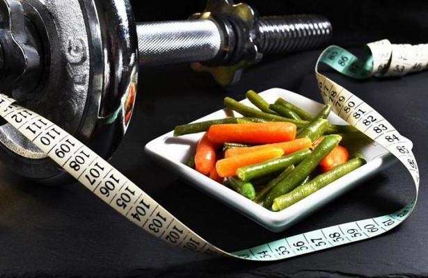 Ученые рассказали об опасности низкоуглеводных диет