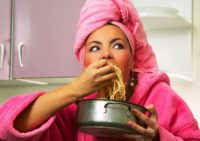 5 продуктов, которые могут испортить женщинам здоровье и внешность