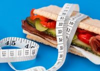 Диетолог рассказала, как похудеть, не считая калории