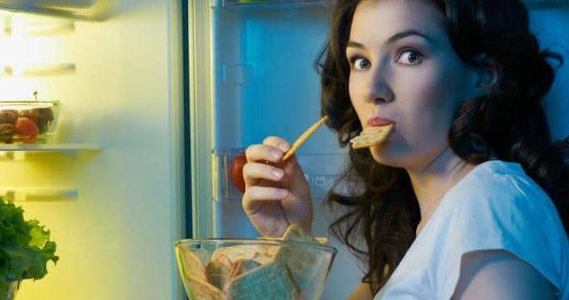 Ночной перекус: 7 продуктов, которые не стоит есть перед сном