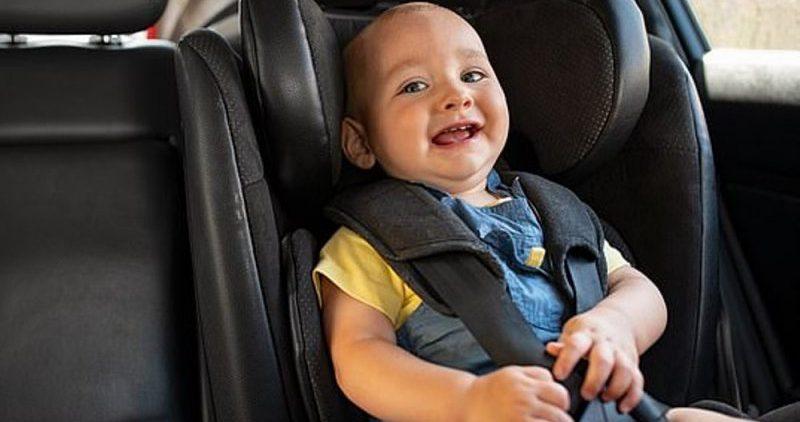 В первые недели жизни малыша поездки в авто нежелательны
