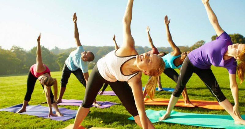 Бодрость и лёгкость: 5 причин делать зарядку по утрам