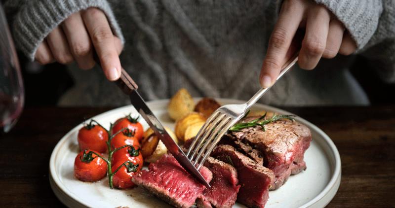 Не нужно ограничивать себя в красном мясе