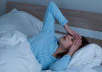 Эксперты пояснили, о чем может говорить повышенная ночная потливость