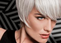 Самые популярные мифы о седых волосах